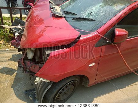 The car have accident on a street