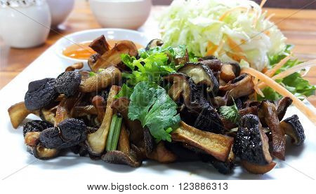 Shiitake Mushroom Sauteed with soy bean sauce