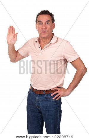 Hombre sorprendido haciendo la señal de Stop