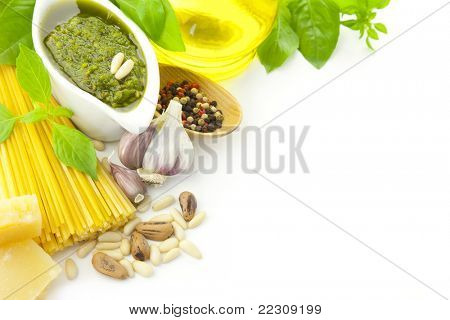 Italian food / pesto and pasta / border composition