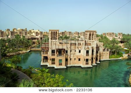 Arabian Madinat Architecture