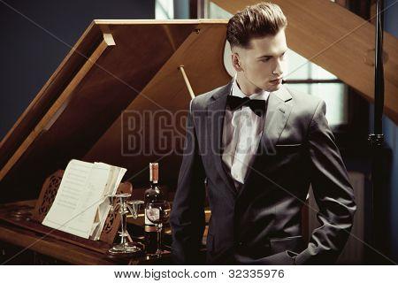 Pianista elegante