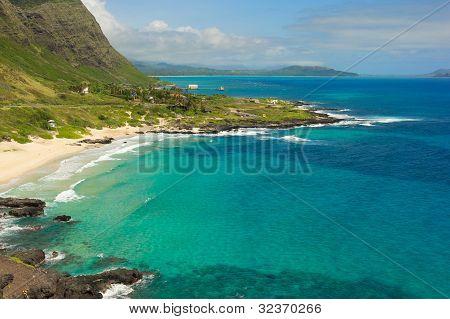 Oahu Small Town Near Cliffs