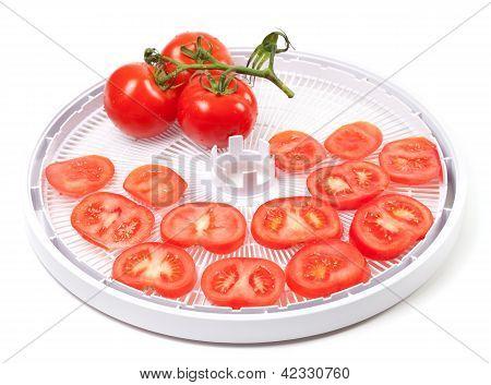 Fresh Tomato Prepared To Dehydrated