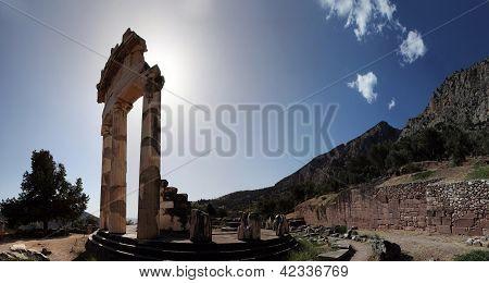 Santuário de Atena Pronaia em Delfos. Grécia.