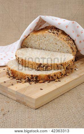 Pão integral com grãos