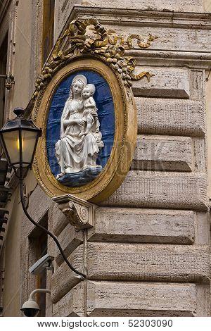 Virgin Mary house protection