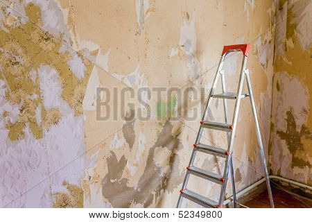Old Wallpapers And Ladder