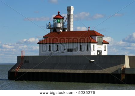 Duluth Channel East Lighthouse