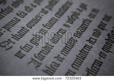 Dark gothic text