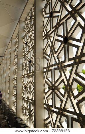 Wall pattern at Masjid Negara