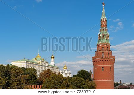 The Water Pump (vodovzvodnaya) Tower And The Great Kremlin Palace, Kremlin