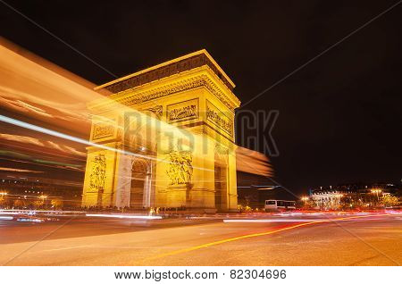 Arch of Triumph of the Star in Paris (France) at night