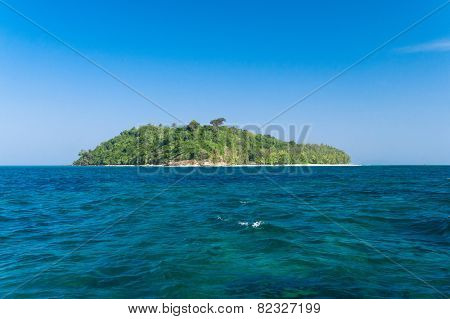 Idyllic Lagoon Blue Atoll