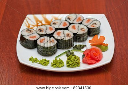 Roll with smoked eel and salmon fish