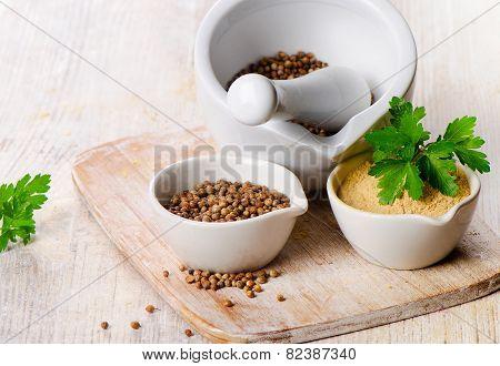 Coriander Seeds, Fresh Coriander Leaves And Powdered Coriander