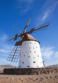 pic of municipal  - Traditional older style windmill  - JPG