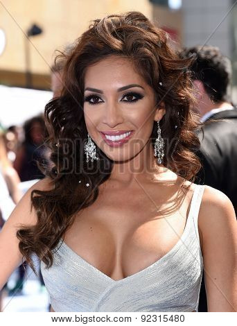 LOS ANGELES - APR 12:  Farrah Abraham arrives to the MTV Movie Awards 2015  on April 12, 2015 in Hollywood, CA