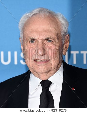 LOS ANGELES - MAY 30:  Frank Gehry arrives to the MOCA Annual Gala 2015  on May 30, 2015 in Hollywood, CA