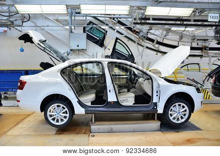 Skoda Octavia On Conveyor Line In Factory