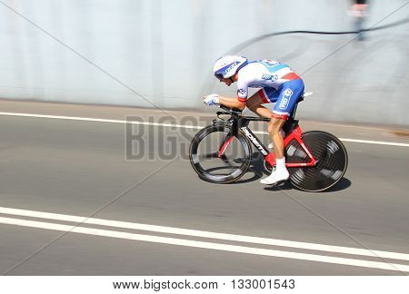 APELDOORN, NETHERLANDS-MAY 6 2016: Alexandre Geniez of pro cycling team Française des Jeux during the Giro d'Italia prologue time trial.