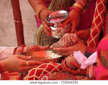 Kanyadaan (gift of a maiden) ritual of handing over bride by her parents to the groom. Indian Hindu traditional wedding ritual, Shimla, Himachal Pradesh, India.