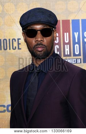 LOS ANGELES - JUN 4:  RZA at the 10th Annual Guys Choice Awards at the Sony Pictures Studios on June 4, 2016 in Culver City, CA