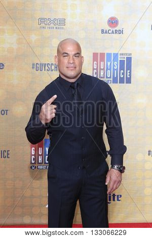 LOS ANGELES - JUN 4:  Tito Ortiz at the 10th Annual Guys Choice Awards at the Sony Pictures Studios on June 4, 2016 in Culver City, CA