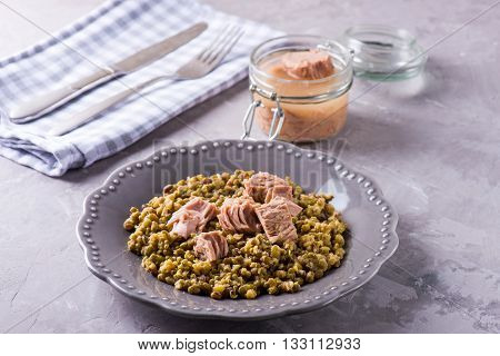 Homemade Stewed Mung Beans With Canned Tuna