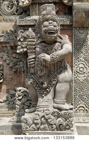 dvarapala statue, the balinese gate guardian statue
