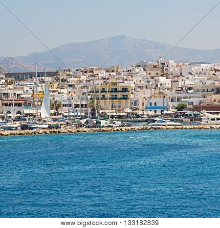 Old History  In Cyclades Island Harbor And Boat Santorini Naksos Europe House Construction