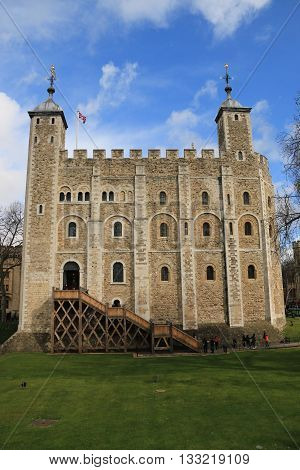 THE WHITE TOWER OF LONDON , LONDON , ENGLAND