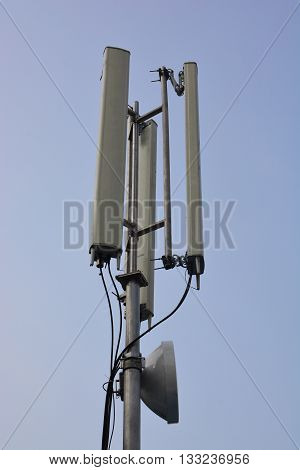 Telecommunications tower cells for mobile communications .