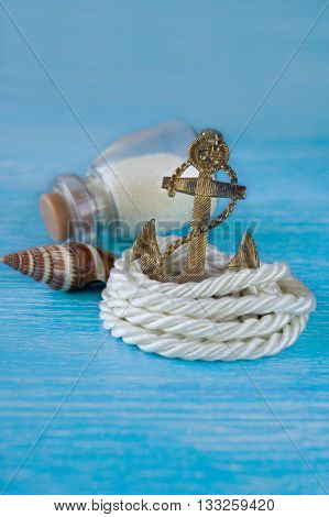 souvenir anchor with rope and sea shell