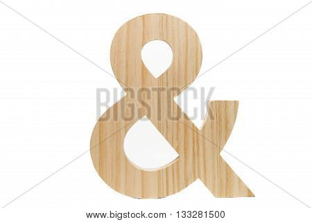 a wood ampersand against a white background