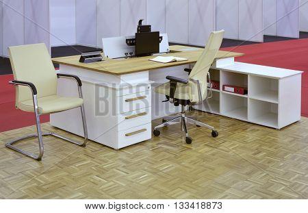 Small Office Desk Furniture Setup