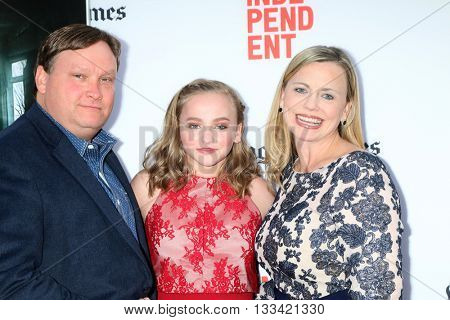 LOS ANGELES - JUN 7:  Madison Wolfe, parents at the 2016 Los Angeles Film Festival - The Conjuring 2 Premiere at TCL Chinese Theater IMAX on June 7, 2016 in Los Angeles, CA