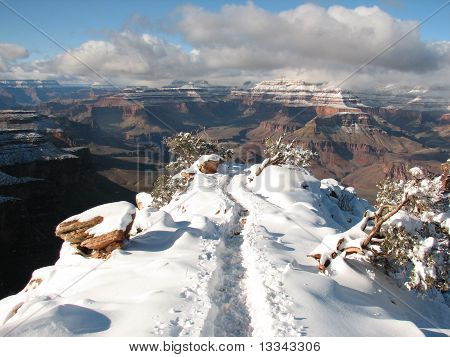 Winter trail at the Grand Canyon