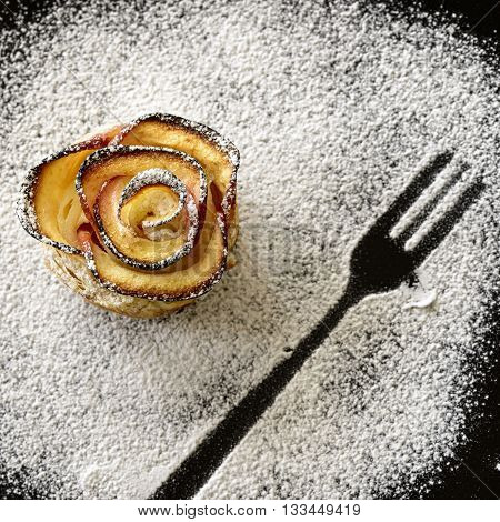 apple shaped rose with fork icing sugar imprint