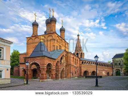 Krutitskoe Patriarchal Compound old streets of Moscow