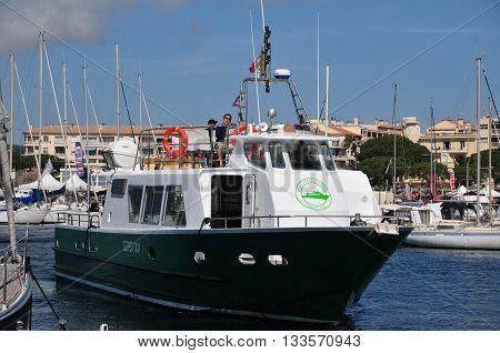 Sainte Maxime France - april 16 2016 : maritim shuttle to Saint Tropez