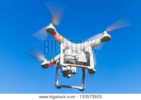 Drone Quadrocopter Phantom 3 Professional