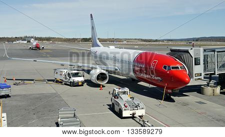 Boeing 787-8 Dreamliner, Norwegian Airlines - Oslo Gardermoen international airport. May 4. 2016