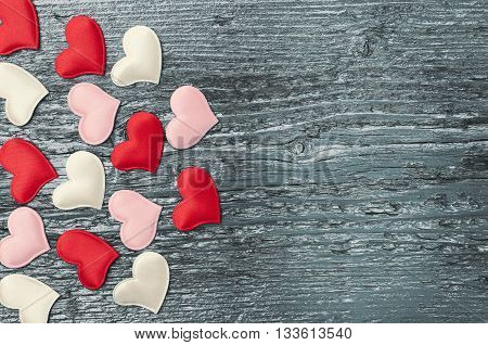 Red Hearts On The Dark Boards