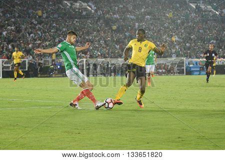 Nestor Araujo And Donaldson Fighting For The Ball During Copa America Centenario