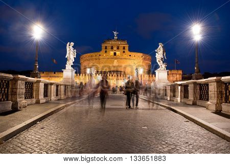 Tourists moving in front of castle Sant´Angelo, Rome, Italy