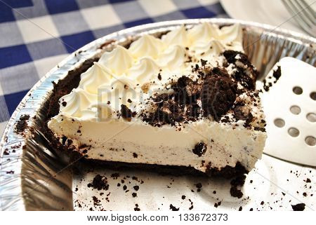 Whipped Cream Cookie Pie in a Tin