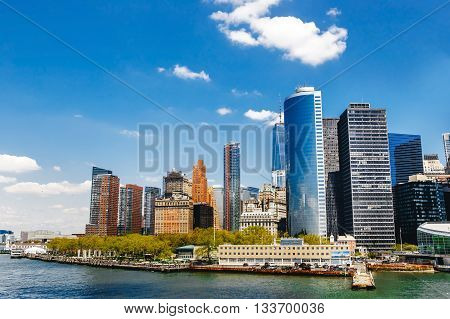 New York City view with Manhattan Skyline over Hudson River