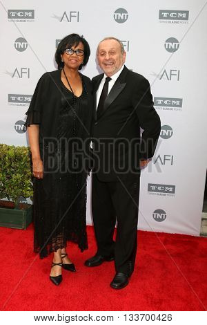 LOS ANGELES - JUN 9:  Cheryl Boone Isaacs, Stanley Isaacs at the AFI 44th Life Achievement Award Gala Tribute to John Williams at the Dolby Theater on June 9, 2016 in Los Angeles, CA