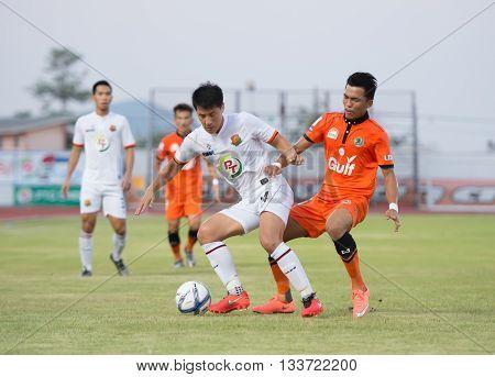Prachuapkirikan Thailand-mar9,2016:kim Geun Chol(l),korean Nationality Player Of Prachuap Fc  In Act